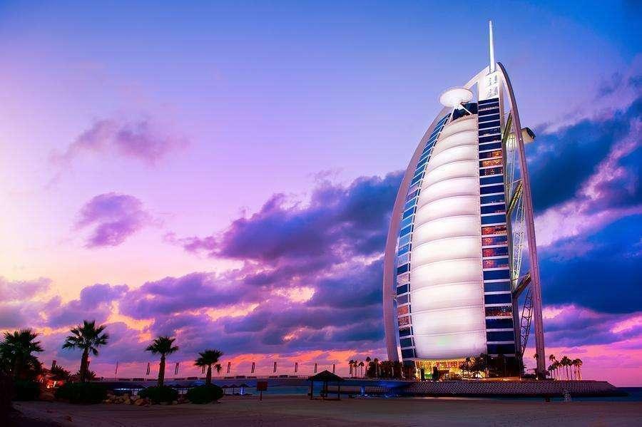 Quiere Trabajar En El Burj Al Arab De Dubai El Hotel Más Lujoso Del