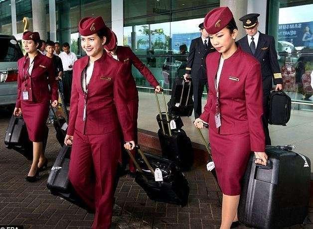 Personal de cabina de Qatar Airways.