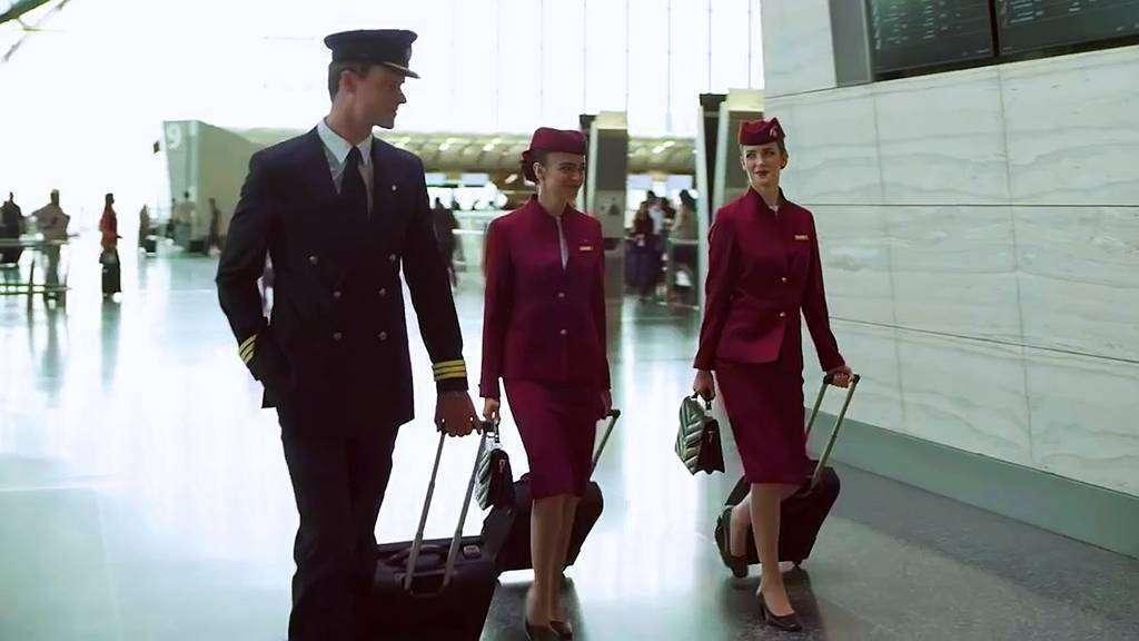 Tripulación de la aerolínea Qatar Airways.