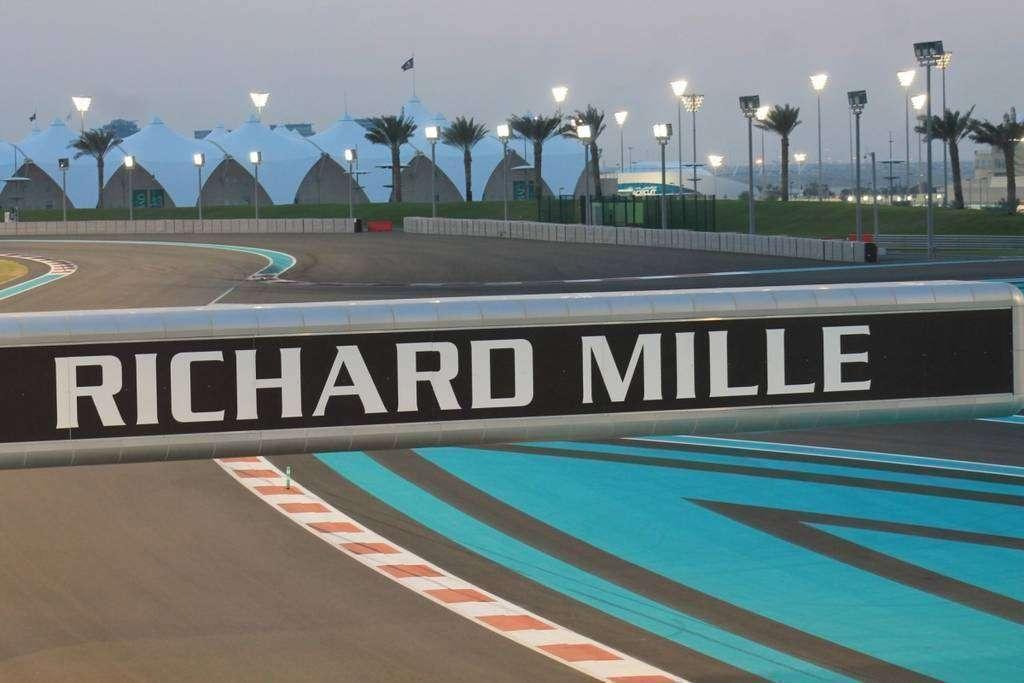 Circuito Yas Marina : Última oportunidad para entradas al gran premio de fórmula uno de
