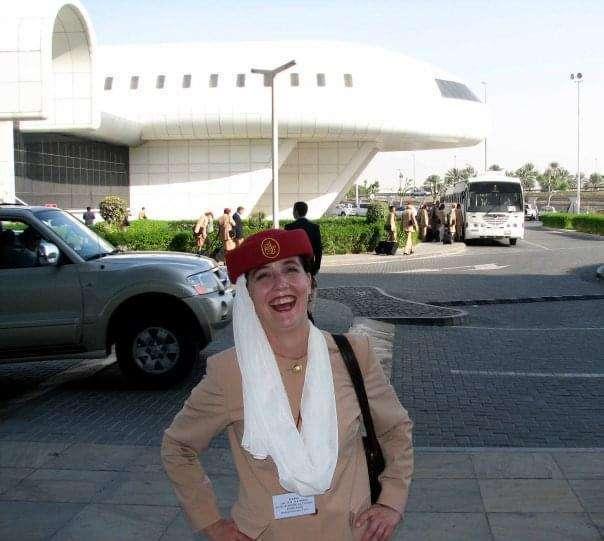 María Pirén, en su etapa de azafata en Emirates Airline. (Cedida)