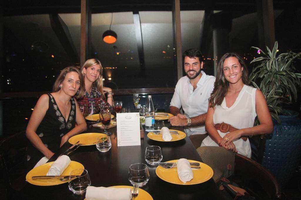 De izquierda a derecha, Amaya Delgado, Carlota Llovera, Federico Cruz y Miriam Llano. (EL CORREO)