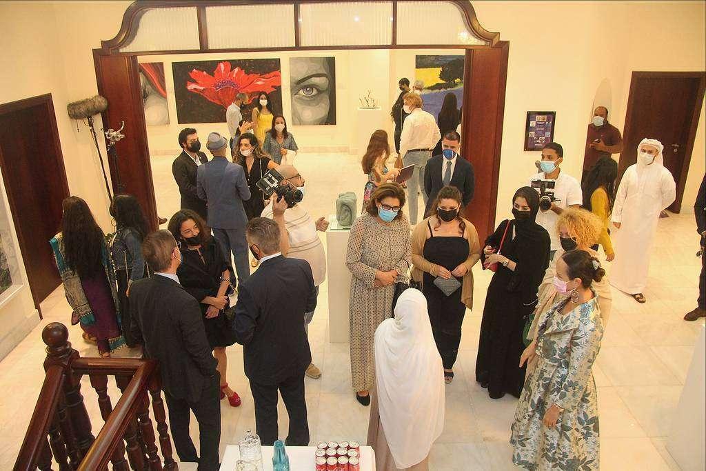 Perspectiva general de la inauguración de la muestra en la sede de la Embajada de México en Abu Dhabi. (EL CORREO)