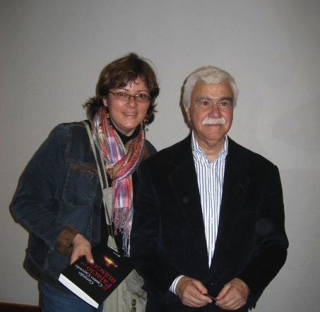 Patricia Mogollón, junto a Germán Castro Caycedo en la Feria del Libro de Guadalajara (México). (Cedida)
