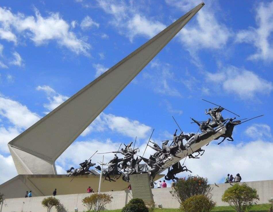 Monumento a los Lanceros. (Fuente externa)