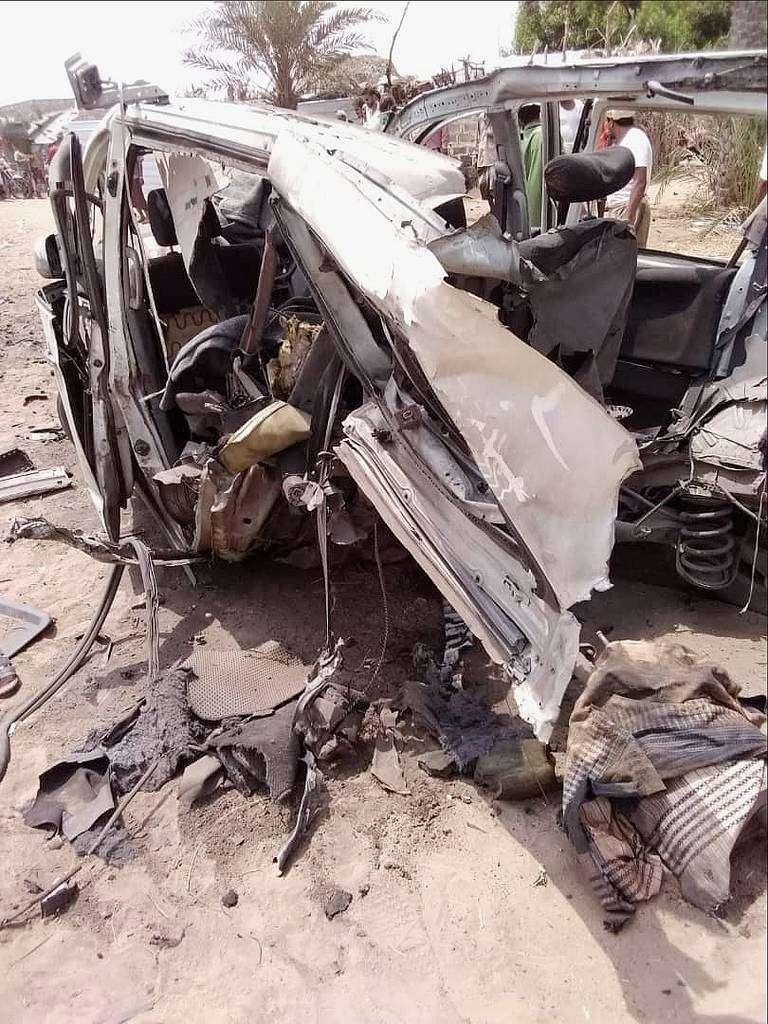 La mina que destrozó el minibús fue colocada por la milicia hutí en la aldea de Al-Shurahiya. (@MinesInYemen)