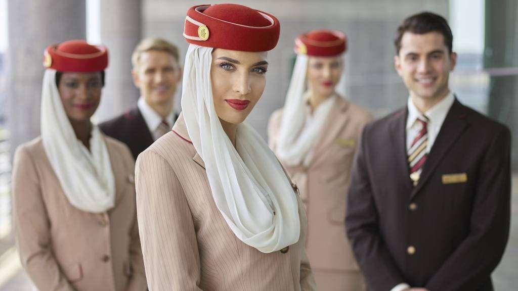 Tripulantes de cabina de la aerolínea de Dubai Emirates. (WAM)