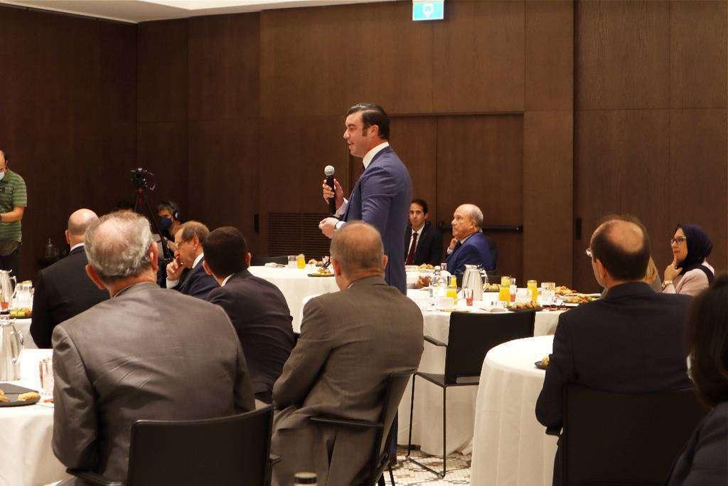 Guillermo Cobelo toma la palabra durante la presentación de Expo 2020 Dubai en Madrid. (Cedida)
