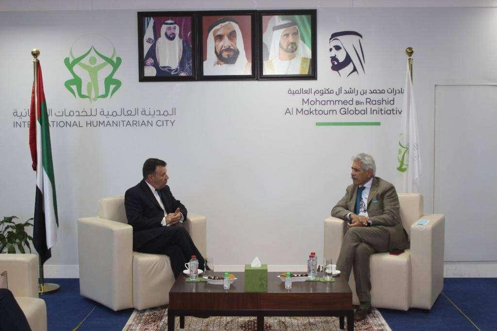 Encuentro de Farid Lozada, presidente de Abbacol -izquierda- con el CEO de la Ciudad Humanitaria, Giuseppe Saba. (Cedida)